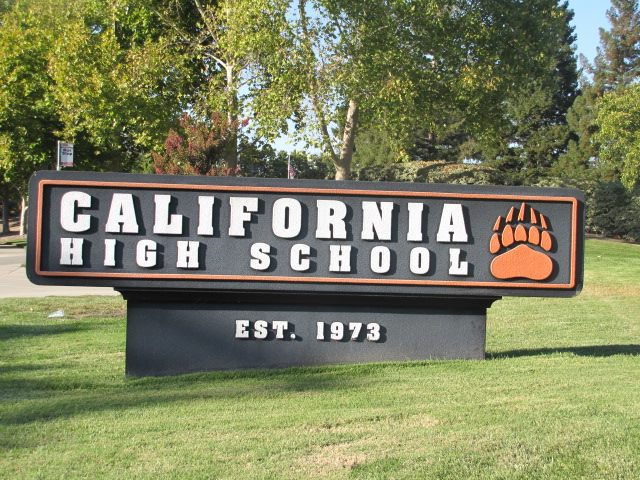 Cal high Sign